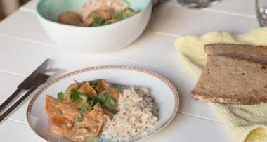 Le curry massaman au beurre de cacahouète et lait de coco