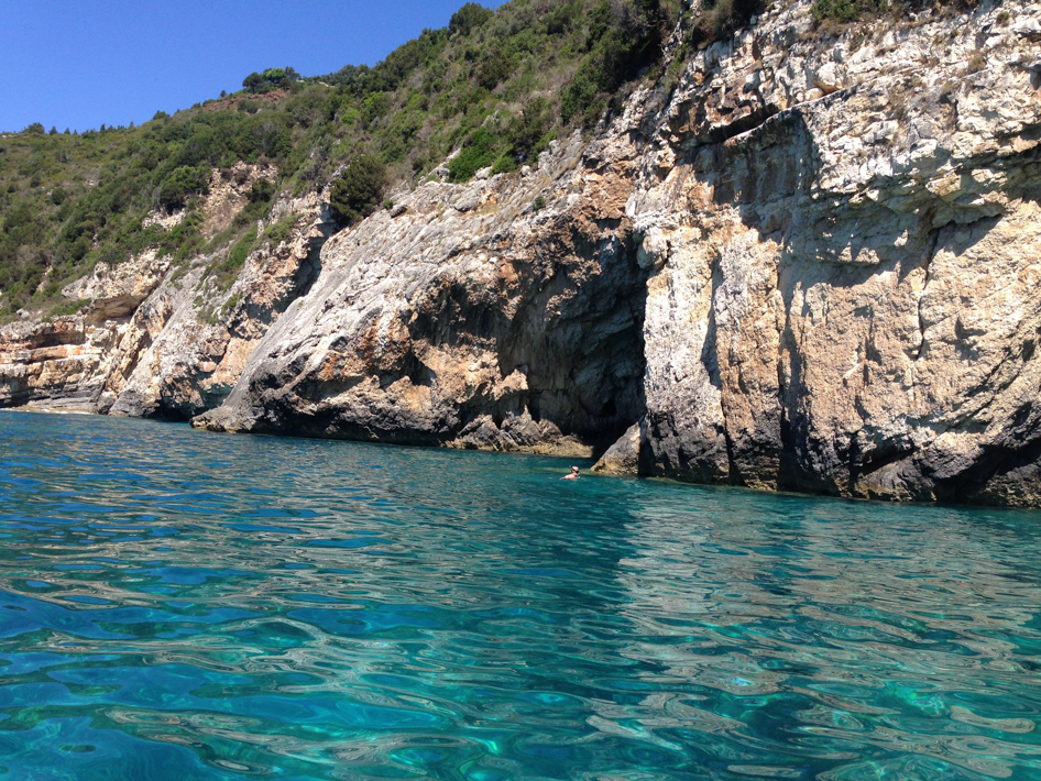 paxos cave 3