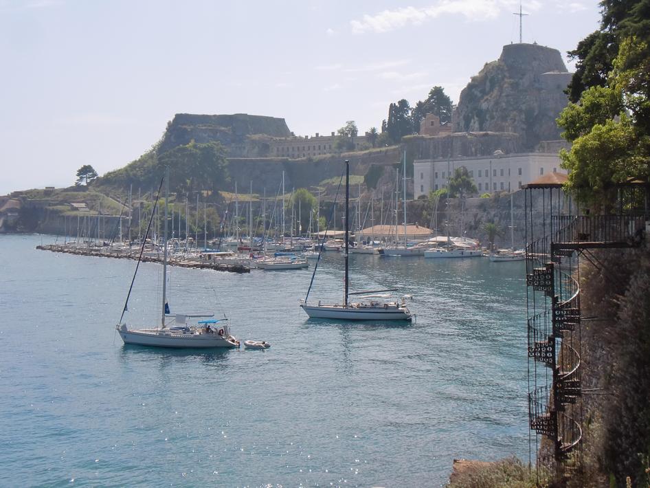 port vieille citadelle